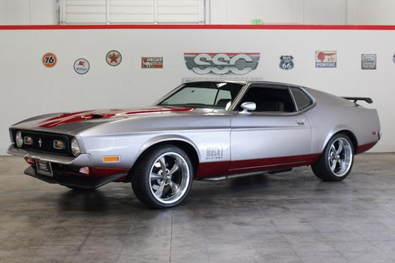 1971 Ford Mustang Mach 1:9 car images available