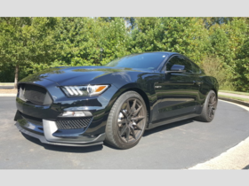 2016 Ford Mustang Shelby GT350:14 car images available