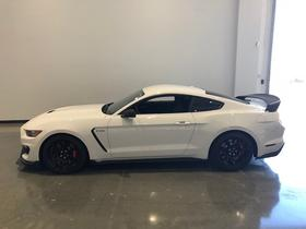 2017 Ford Mustang Shelby GT350R:22 car images available