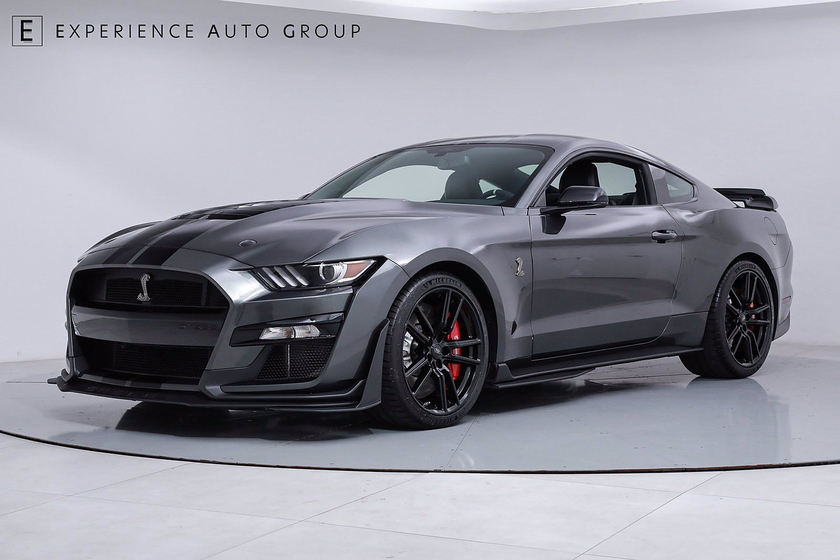 2020 Ford Mustang Shelby GT500 : Car has generic photo