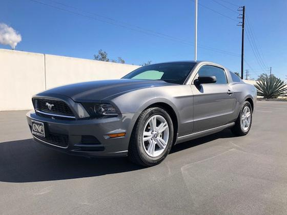 2014 Ford Mustang V6:20 car images available