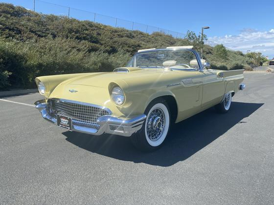 1957 Ford Thunderbird :12 car images available