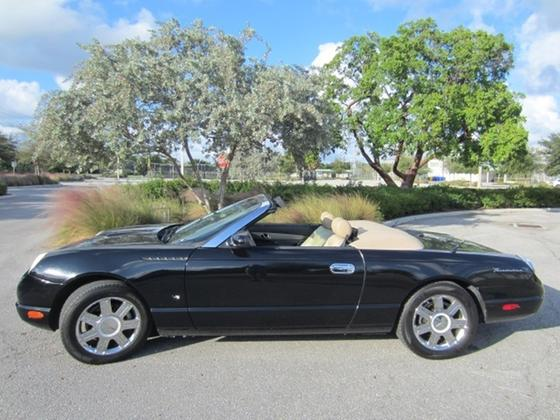 2004 Ford Thunderbird Deluxe:16 car images available