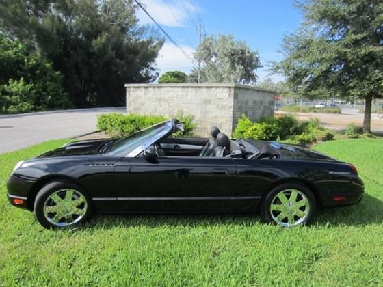 2002 Ford Thunderbird Deluxe:23 car images available