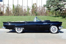 1957 Ford Thunderbird LX