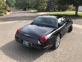 2002 Ford Thunderbird Premium