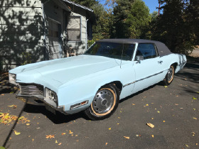 1971 Ford Thunderbird Premium:12 car images available