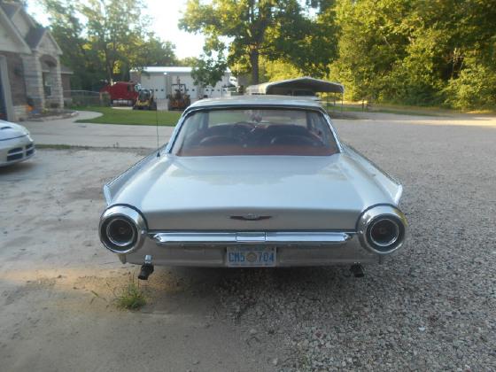 1961 Ford Thunderbird Premium