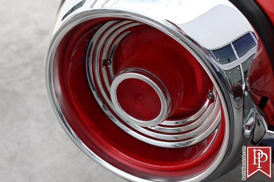 1962 Ford Thunderbird Roadster
