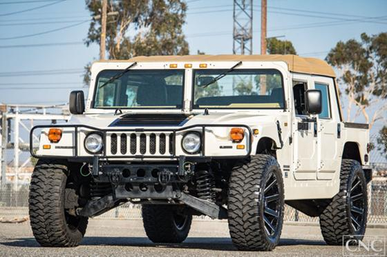 2000 Hummer H1 :24 car images available