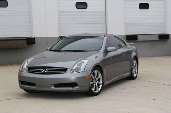 2004 Infiniti G35 :19 car images available