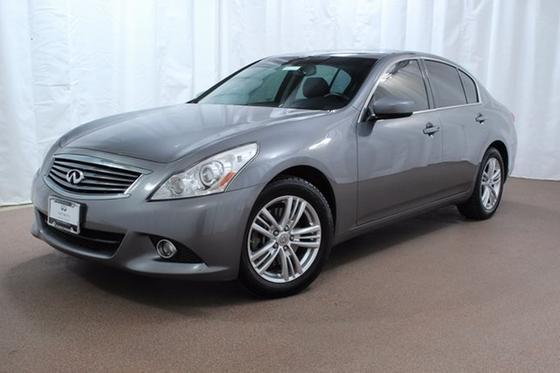 2012 Infiniti G37 :22 car images available