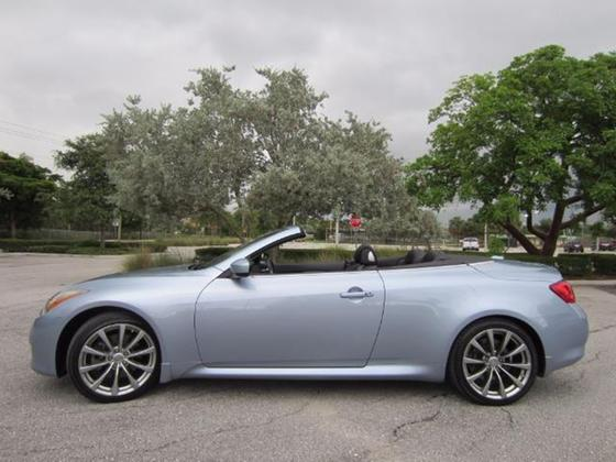 2010 Infiniti G37 Sport:21 car images available