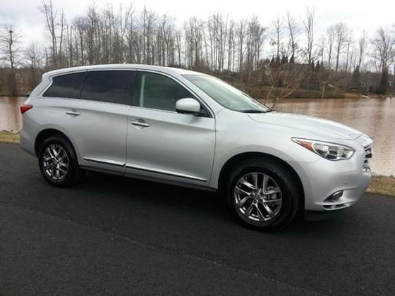 2013 Infiniti JX35 :2 car images available