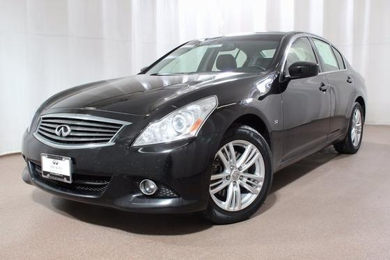 2015 Infiniti Q40 :20 car images available