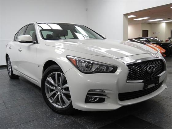2014 Infiniti Q50 :24 car images available