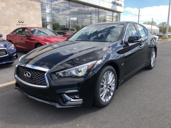 2019 Infiniti Q50 3.0t Luxe:2 car images available