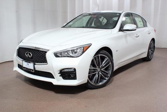 2017 Infiniti Q50 Sport:21 car images available