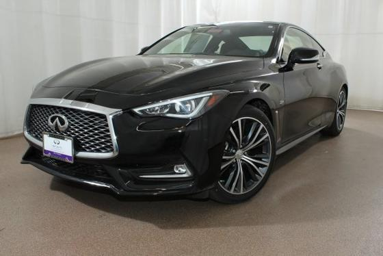 2017 Infiniti Q60 :18 car images available