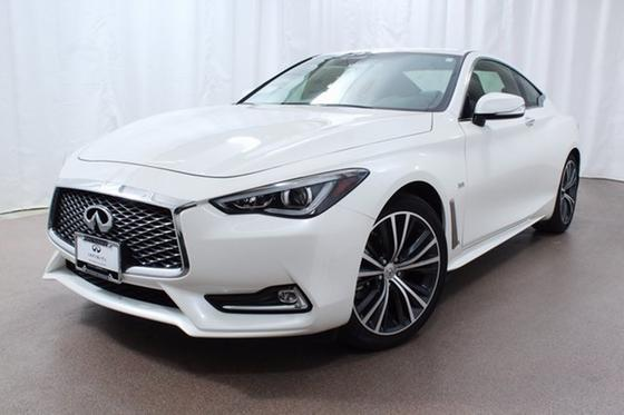 2017 Infiniti Q60 :22 car images available