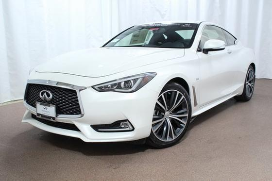 2017 Infiniti Q60 :21 car images available