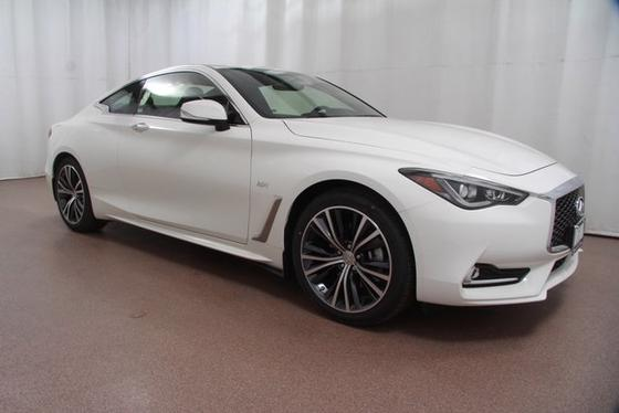 2017 Infiniti Q60 2.0t Premium:24 car images available