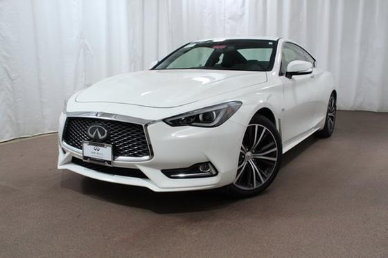 2019 Infiniti Q60 3.0t Luxe:24 car images available