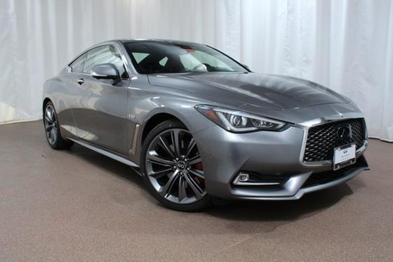 2018 Infiniti Q60 Red Sport 400:20 car images available