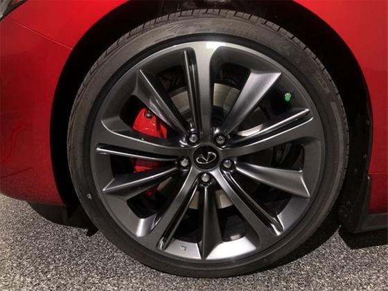 2021 Infiniti Q60 Red Sport 400