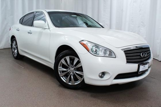 2014 Infiniti Q70 3.7X:24 car images available