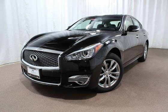 2019 Infiniti Q70 3.7X:24 car images available