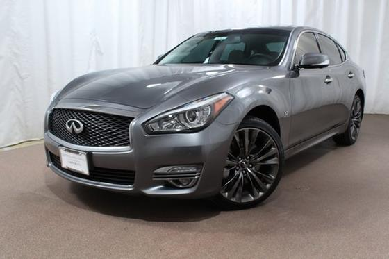 2016 Infiniti Q70 3.7X:24 car images available