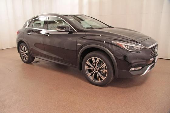 2017 Infiniti QX30 :24 car images available