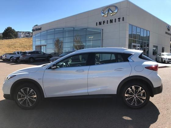 2019 Infiniti QX30 :7 car images available