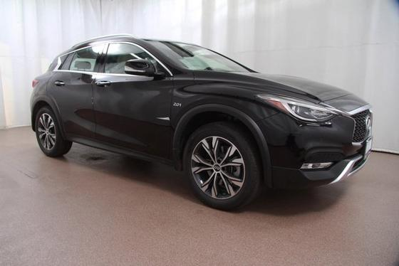 2017 Infiniti QX30 AWD w/Premium:24 car images available