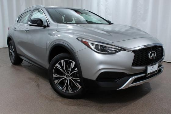 2018 Infiniti QX30 Luxury:24 car images available