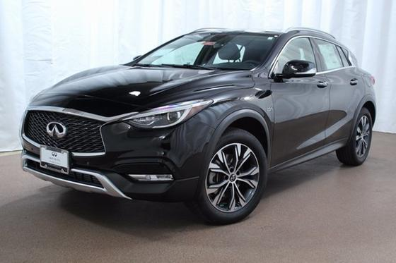 2017 Infiniti QX30 Premium:22 car images available