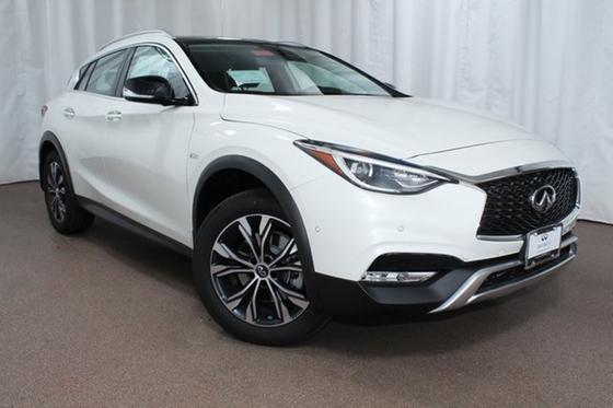 2018 Infiniti QX30 Premium:22 car images available