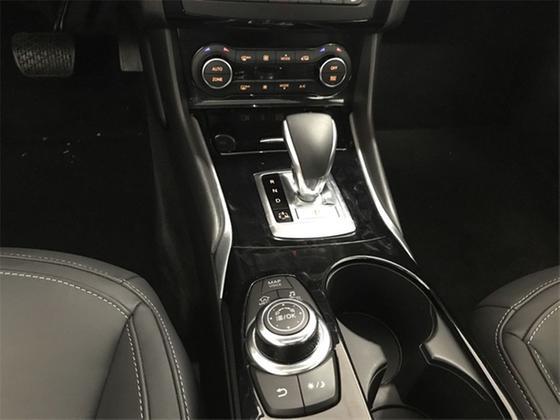 2018 Infiniti QX30 Premium