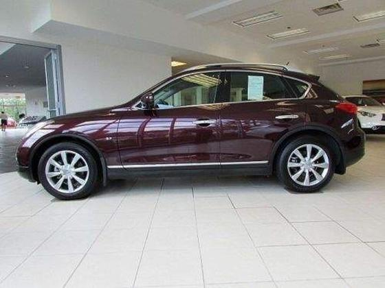 2015 Infiniti QX50 :2 car images available