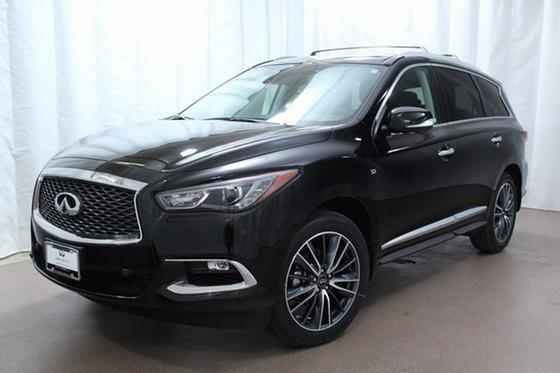 2017 Infiniti QX60 :21 car images available