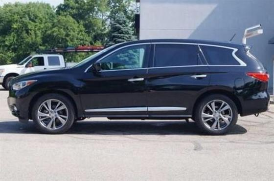2015 Infiniti QX60 :2 car images available