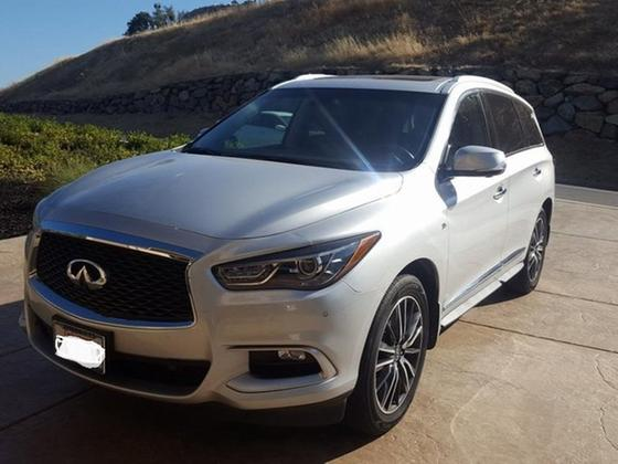 2016 Infiniti QX60 :11 car images available
