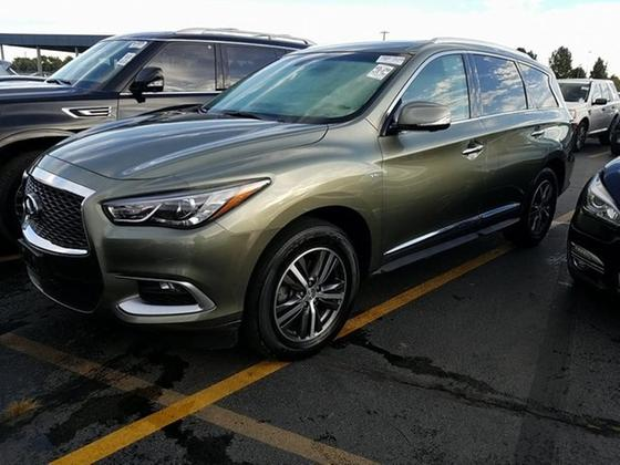 2016 Infiniti QX60 :8 car images available