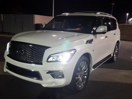 2015 Infiniti QX80 :3 car images available