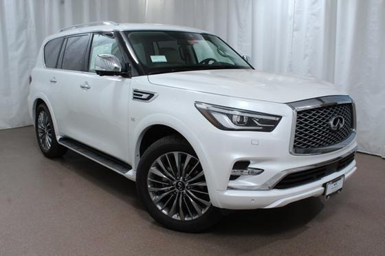 2018 Infiniti QX80 :24 car images available