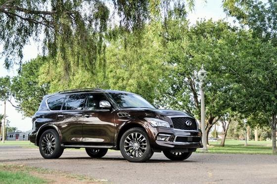 2015 Infiniti QX80 Limited Edition : Car has generic photo