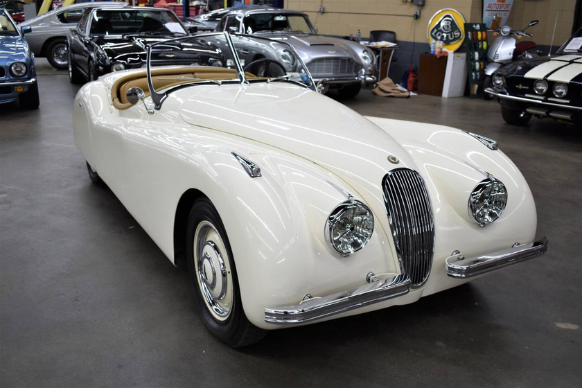 1952 Jaguar Classics XK120:12 car images available