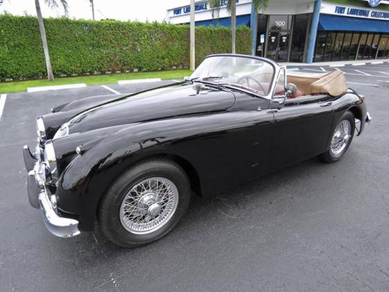 1961 Jaguar Classics XK150:24 car images available
