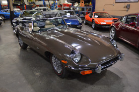 1971 Jaguar E-Type Roadster:22 car images available